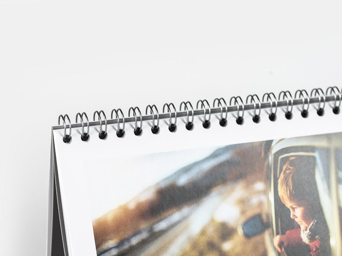 Desktop Calendar online (22x10)